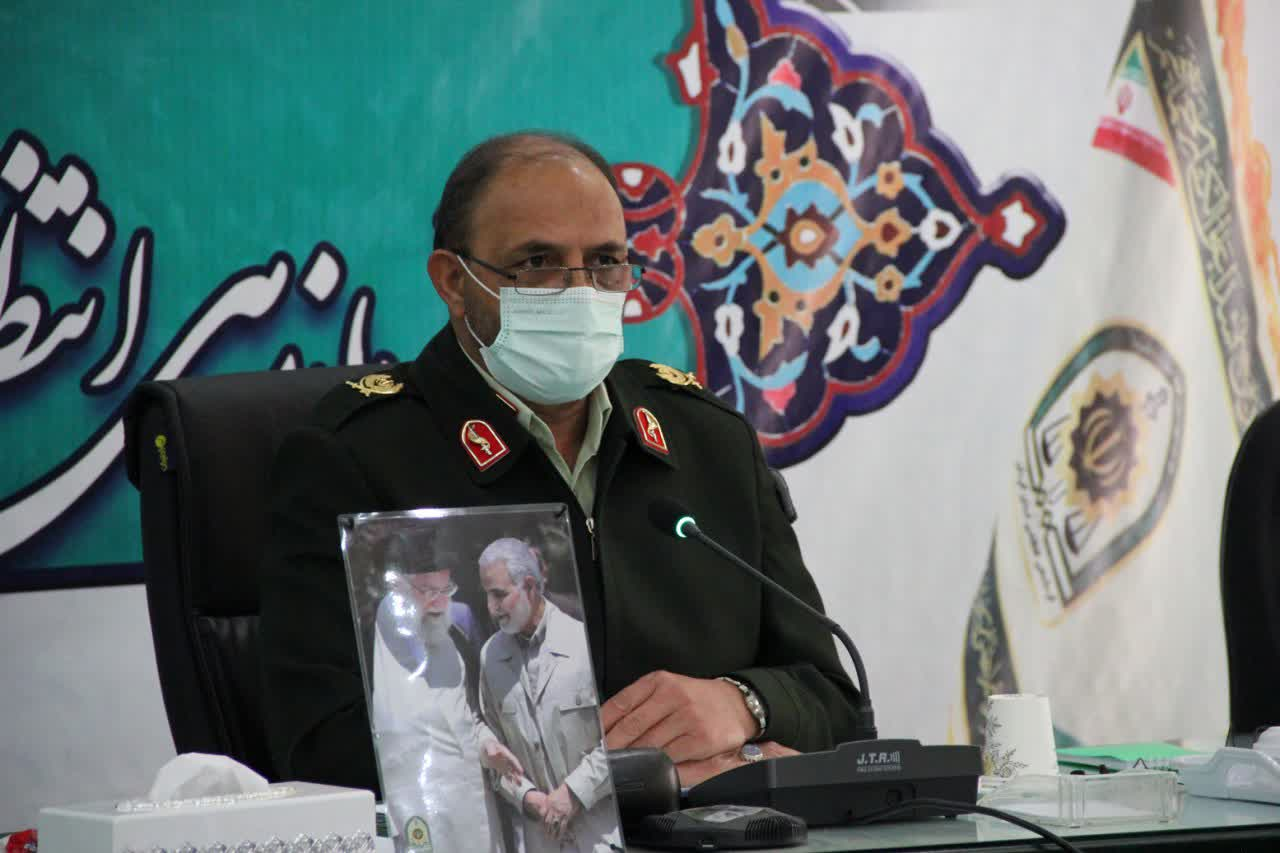 فرمانده انتظامی کرمان: با محتکران کالاهای ضروری مردم برخورد قاطع می کنیم