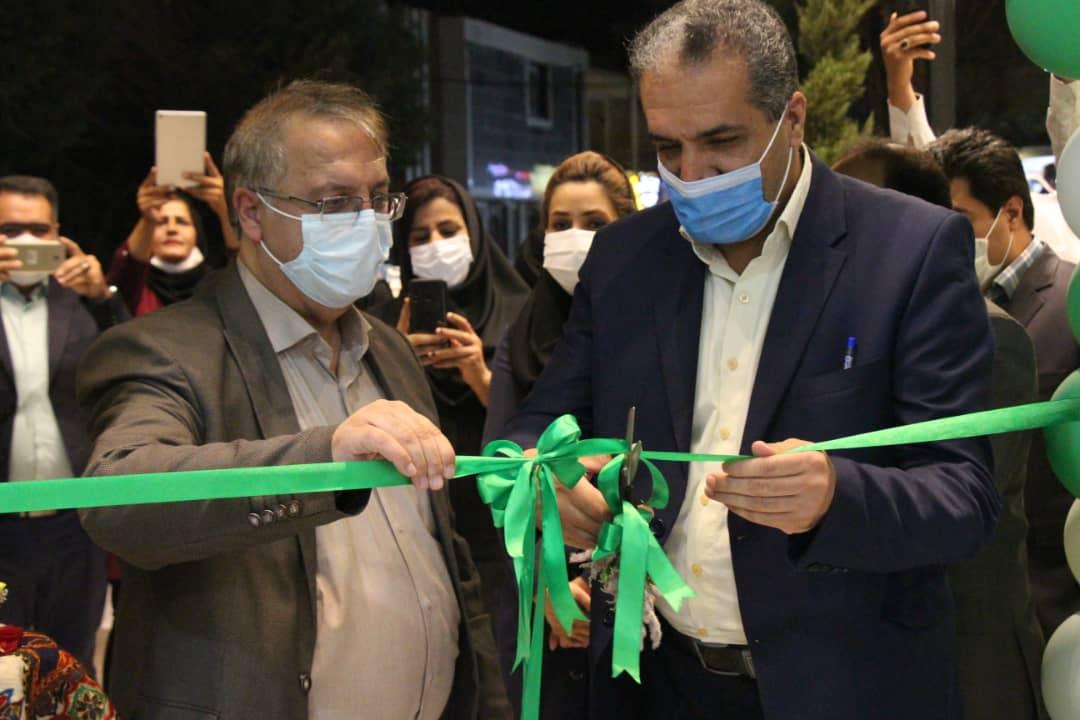 فروشگاه نسل جدید رفاه در هزارویکشب  کرمان افتتاح شد